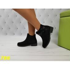 Ботинки зима на низком ходу с лентой черные
