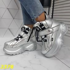 Кроссовки ботинки на высокой платформе зимние серебро