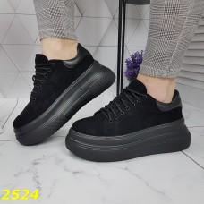 Криперы кроссовки замшевые на массивной высокой платформе черные