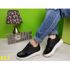 Кроссовки форсы черные с лаковым носочком и пяткой