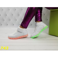 Кроссовки высокие сникерсы форсы белые с светящейся подошвой подсветкой Led