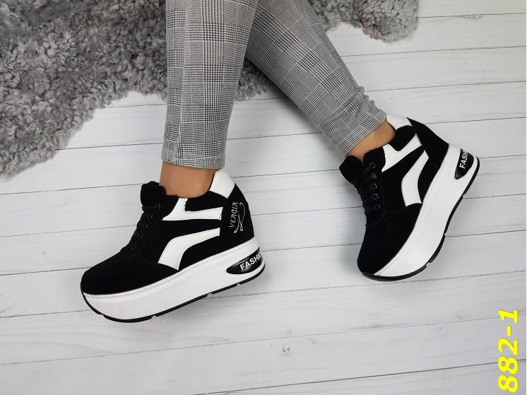 e0aeeb55f ... Кроссовки сникерсы на платформе с танкеткой черно-белые черный носок