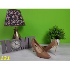 Туфли лодочки коричневые с металлическим каблуком
