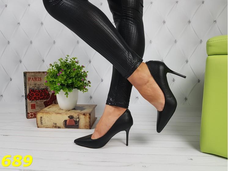 Туфли лодочки черные на удобном невысоком каблуке